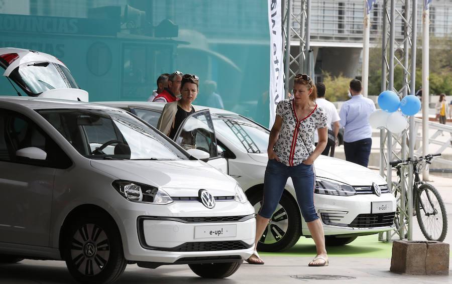 Ecomov: una cita con los mejores vehículos ecológicos del mercado en La Marina de Valencia