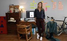 El armario de Beatriz Abril, fuerte y relajada