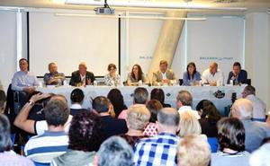 El Plan General Estructural y las peatonalizaciones centran el debate de los candidatos de Dénia organizado por el empresariado