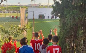Cuenta atrás sin Garay en el entrenamiento del Valencia CF