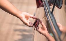 Así es el 'método peruano' para robar en los coches
