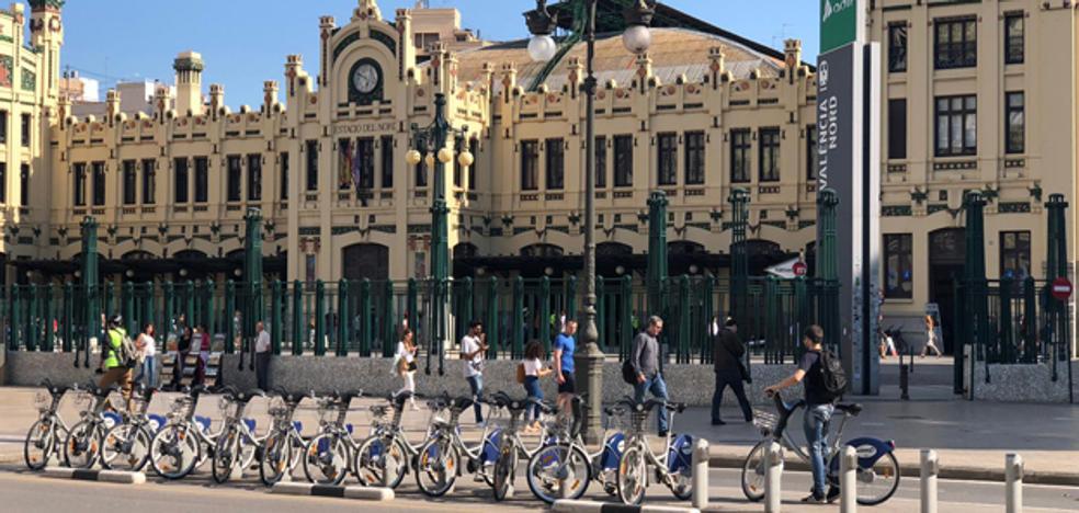 Retirados los carteles electorales del PSPV tras la orden de un concejal de Compromís