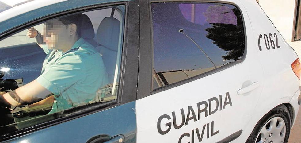 Dos hombres atracan una sucursal bancaria en Losa del Obispo