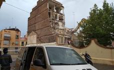 Derriban uno de los edificios ruinosos en la 'zona cero' del Cabanyal