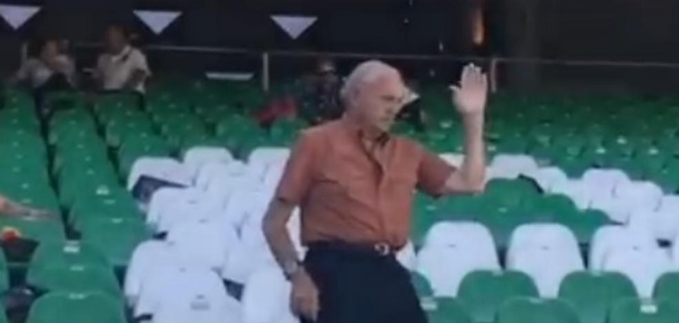 El baile de un valencianista conquista el Villamarín