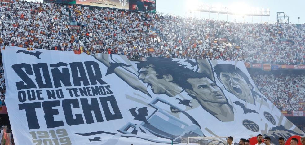 Un trío de leyendas alumbra al Valencia