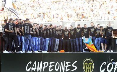 Horarios de celebración de la Copa del Rey del Valencia CF: dónde y cuándo ir a la plaza del Ayuntamiento y actos