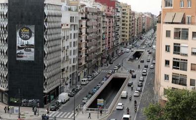 Atropellado un joven de 23 años en la avenida Pérez Galdós de Valencia