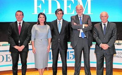 El presidente de Telefónica urge a adaptar la formación a las nuevas demandas