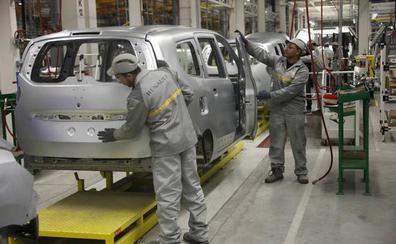 Industria considera «prioritario» el mantenimiento del empleo en la fusión de Renault y Fiat