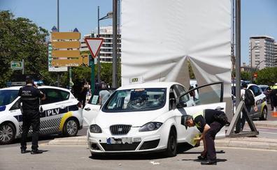 Una prueba de laboratorio decidirá si se imputa al taxista que arrolló a tres estudiantes