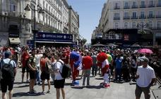 Detenido por masturbarse desnudo en la Puerta del Sol y abusar de una turista