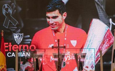 Multitudinario adiós a Reyes en su querido Sánchez-Pizjuán