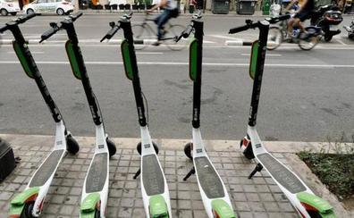 Patinetes eléctricos: dónde y cómo se pueden aparcar según la Ordenanza de Movilidad de Valencia
