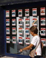 Las inmobiliarias valencianas alertan de la proliferación de agencias pirata