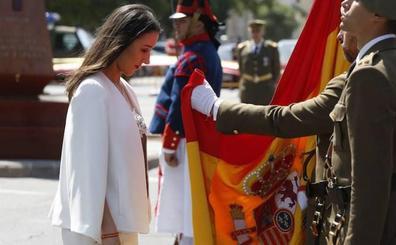 Más de mil civiles valencianos juran bandera en el paseo de la Alameda