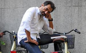 Juan del Val: «En las series hay demasiados guapos y eso me saca fuera»