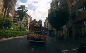 Incendio en un edificio de la plaza del Ayuntamiento de Valencia