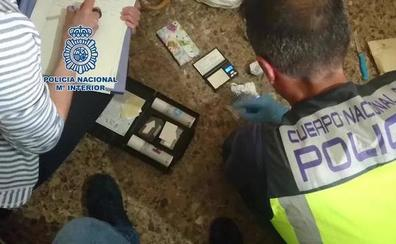 19 detenidos, seis de ellos menores, por vender heroína y cocaína en La Safor