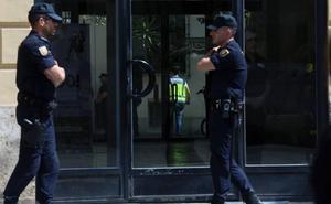 Los escándalos por corrupción dejan sin aseguradora a Divalterra