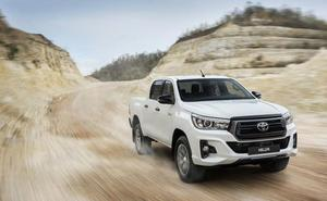 Toyota Hilux Legend Black