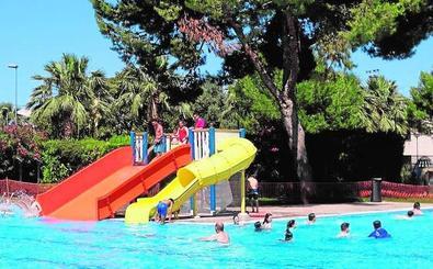 La piscina de verano abre sus puertas al público con actividades