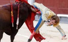 El torero Román sale de la UCI tras la grave cornada de 30 cm en Las Ventas