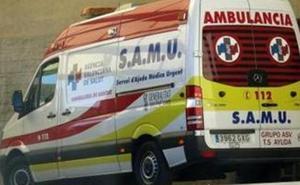 Herida grave una motorista de 16 años tras chocar con un camión en Dénia