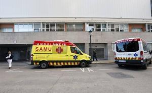 Un joven herido intenta agredir al médico y los policías que le auxiliaron en Valencia