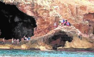 La Cova Tallada de Xàbia, la primera playa de la Comunitat que precisa reservar la visita