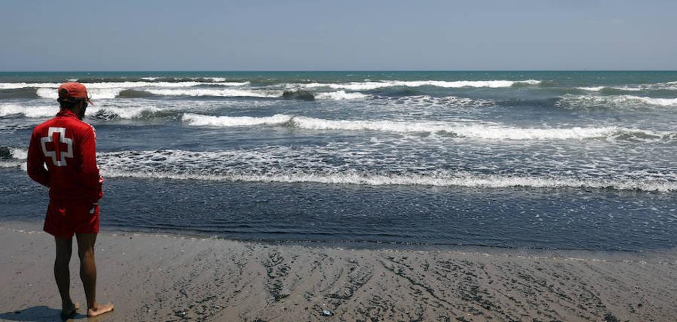 Cierran al baño las playas de la Malvarrosa, la Patacona y el Cabanyal por vertido de aguas fecales