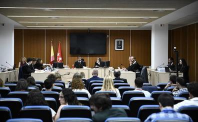 El juez mantiene al PP en el banquillo por la destrucción de los ordenadores de Bárcenas