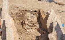 Hallan una tumba romana en el emplazamiento de un nuevo instituto en Llíria