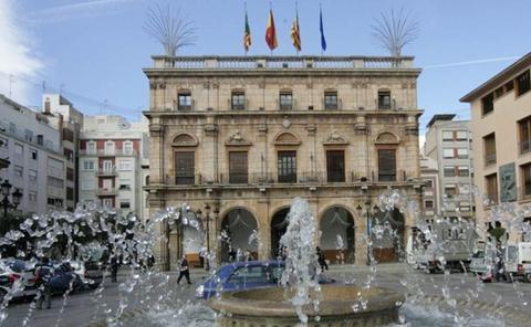Alcaldesa y concejales del Ayuntamiento de Castellón
