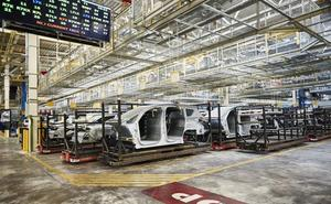 La dirección de Ford y UGT prorrogan el ERE temporal en la factoría de Almussafes
