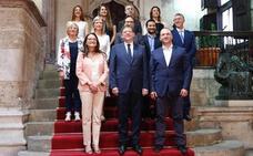 Los nuevos consellers toman posesión de su cargo