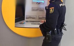 Apabanc denuncia mala praxis de las entidades bancarias al vender productos a pymes y particulares