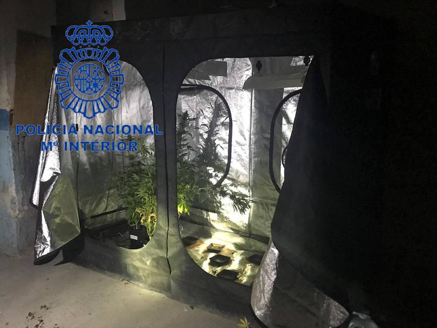 Dos niños de 8 y 12 años vendían droga en la narco-casa de sus padres en Valencia