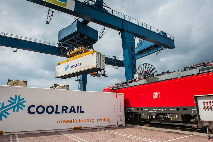 El tren refrigerado Cool Rail une Valencia con Rotterdam cargado de hortalizas frescas