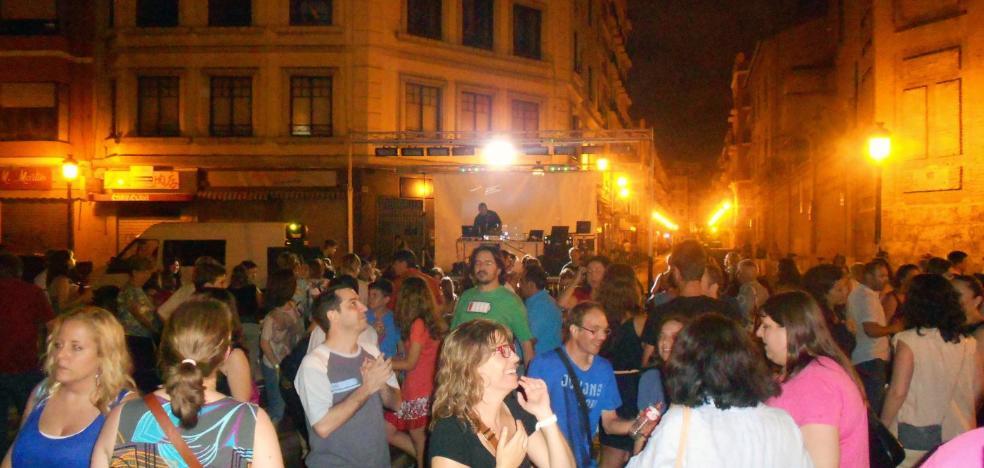 Las verbenas de San Juan disparan de nuevo la tensión entre residentes y falleros en Valencia