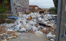 Exigen el bloqueo del acceso a la fábrica abandonada de Flex por seguridad