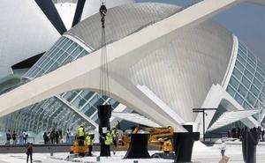 Las esculturas de Jaume Plensa se asoman a la Ciudad de las Artes