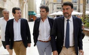 La renuncia de Císcar sitúa a Mazón como referente del PP alicantino