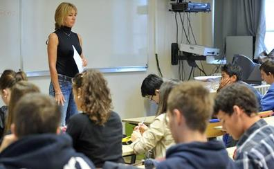 Los profesores reclaman menos alumnos por clase y más formación de alta calidad