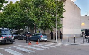 Operación de Mossos, Policía y Guardia Civil contra el narcotráfico en El Prat