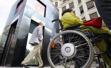 Más de 15.000 personas con movilidad reducida de la Comunitat no sale nunca de casa por no estar adaptado el edificio