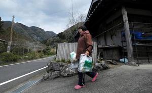 El pueblo japonés que separa la basura en 45 categorías