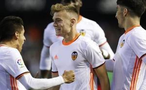 Minutos para Lato… lejos del Valencia