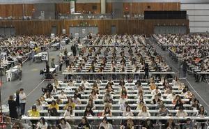 Maestros y profesores de toda España optan este sábado a 30.562 plazas docentes