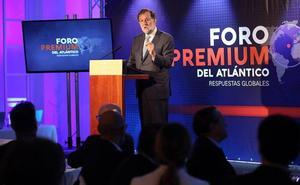 Rajoy dice que un acuerdo PSOE-Cs daría una «sólida mayoría» y pide un «esfuerzo» para cerrar un Gobierno estable